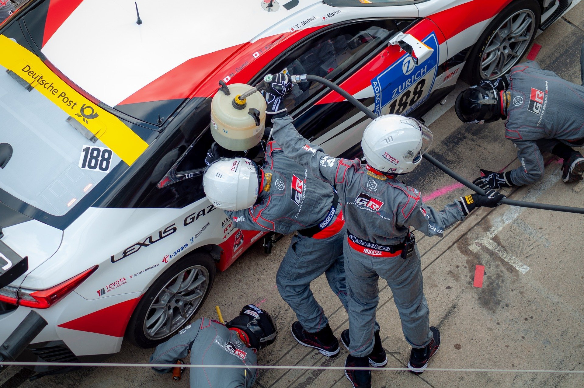 Data Center Deployment: When Life Gives you Lemons,<br>Make 'Le Mans-ade'